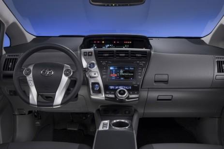 2012-Toyota-Prius-V-Dashboard-1024x680