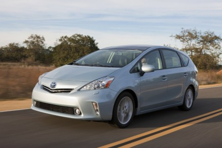 2012-Toyota-Prius-V-Front-View-7-1024x682