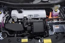 2012-Toyota-Prius-V-Hybrid-Synergy-Drive-Engine-1-1024x680