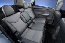 2012-Toyota-Prius-V-Interior-6-1024x680