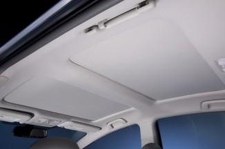 2012-Toyota-Prius-V-Moonroof-Close-1024x680