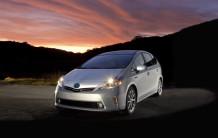 2012-Toyota-Prius-V-Wallpaper-2-1024x652